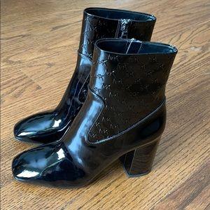 Michael Kors Patent Leather Black booties